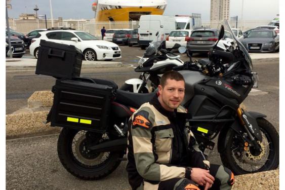 Tentative de Record du monde d'endurance : 77'000km solo en moto en 60 jours à travers le monde