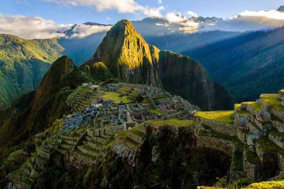 SUR LE CHEMIN DE L'INCA : UN VOYAGE VERS SOI