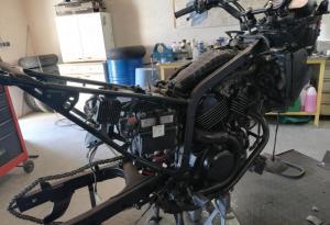 demontage complet du 600 transalp et preparation de la moto